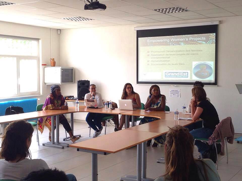 """Photo illustrant l'article """"Table Ronde : La position des femmes dans la société en France et au Cameroun grâce à des récits d'ici et là-bas"""""""