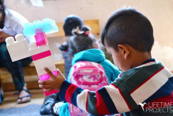 Photo illustrant une mission de Lifetime Projects, dans un orphelinat en Bolivie