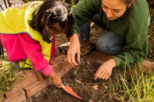 """Photo illustrant la mission """"Education à l'éco-citoyenneté dans des orphelinats en Bolivie"""", avec Lifetime Projects"""