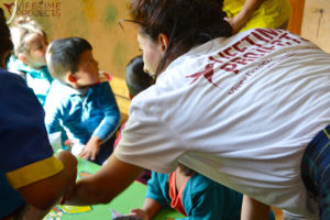 "Photo illustrant la mission ""Orphelinat en Bolivie"", avec Lifetime Projects"