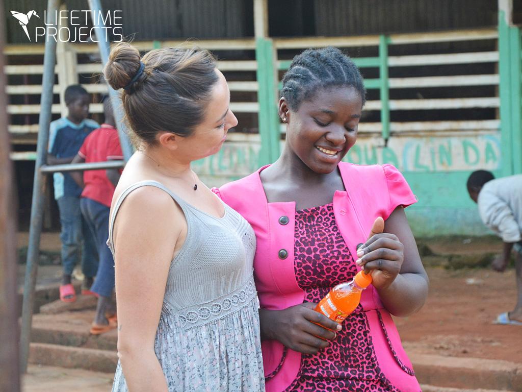 Photo illustrant le bilan 2018 des missions humanitaires au Cameroun, avec Lifetime Projects