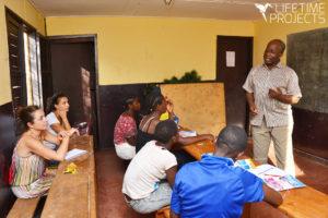 Photo illustrant la formation à la création d'entreprise pour les femmes au Cameroun, avec LifeTime Projects