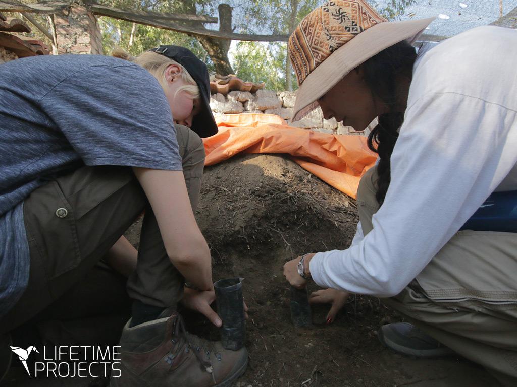 Photo de l'action de sensibilisation à l'écocitoyennete en orphelinats en Bolivie, avec LifeTime Projects