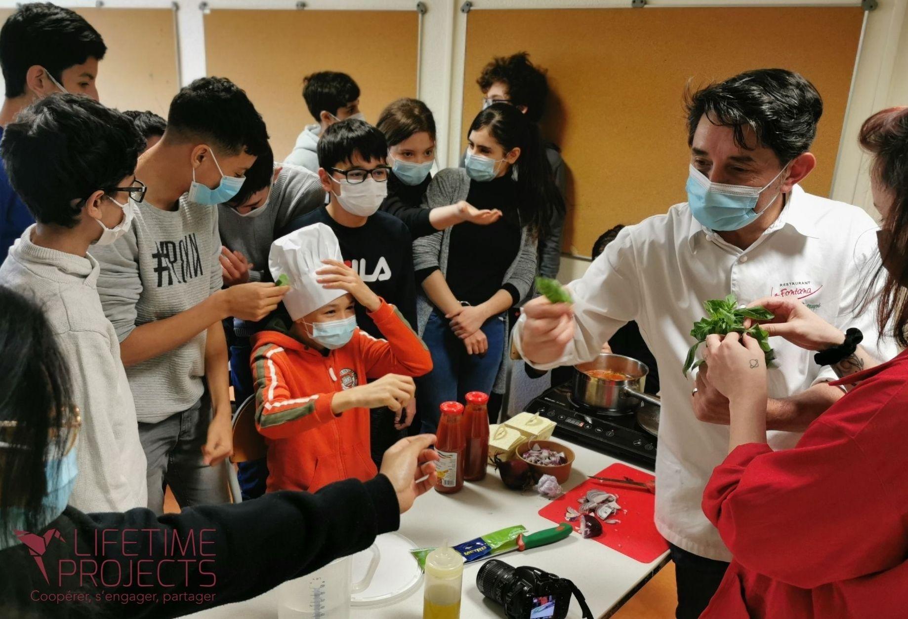 Photo d'une intervention lors du festival alimentaire de LifeTime Projects